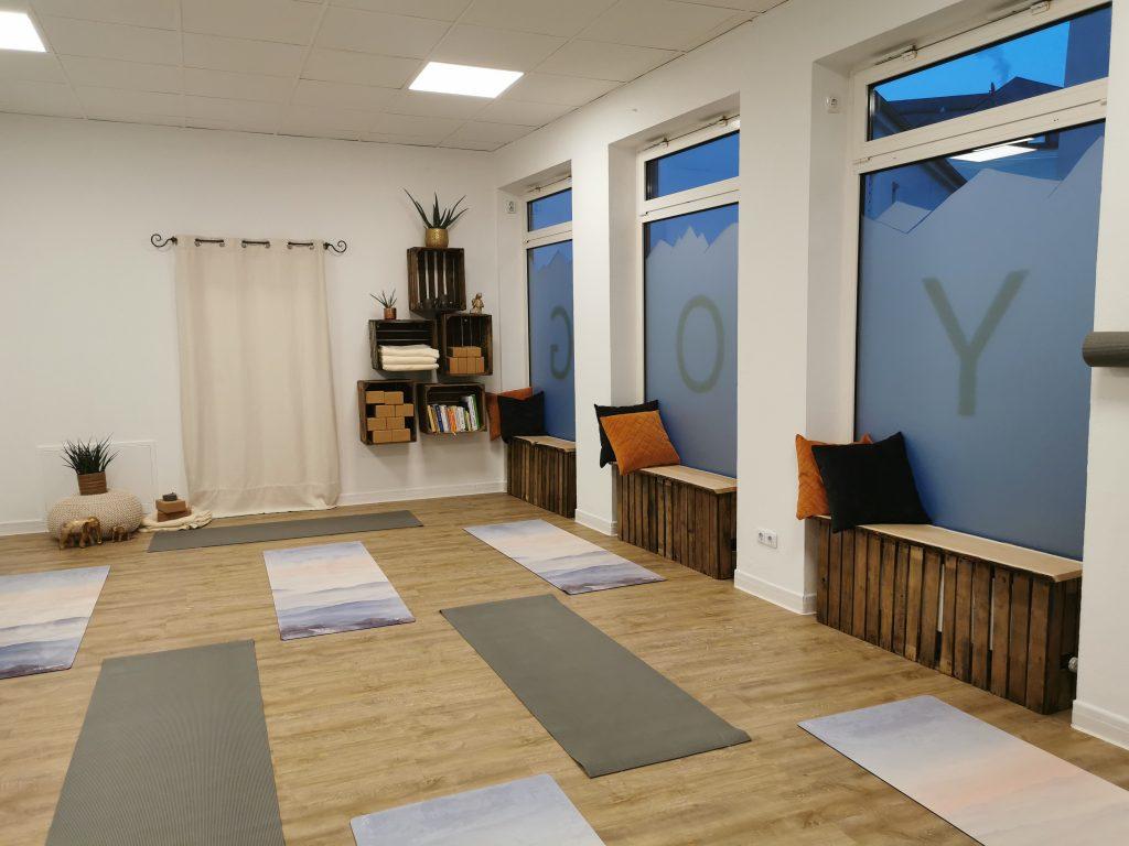 Innenaufnahme des Mountainflow Yoga Studios Bad Reichenhall